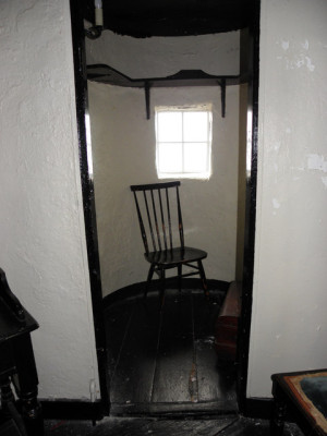 Ballygally_Castle_Turret_Room